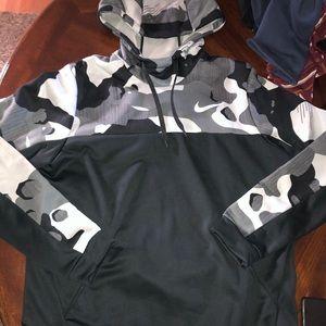 Men's Nike hoodie camo